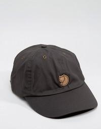 Серая кепка Fjallraven Helags - Серый