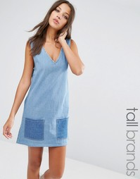 Джинсовое платье в стиле пэтчворк Liquor & Poker Tall