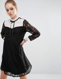 Кружевное платье мини с контрастной нагрудной вставкой и завязкой у го Reclaimed Vintage