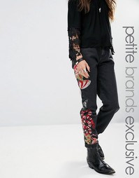 Джинсы бойфренда с вышивкой Glamorous Petite - Черный