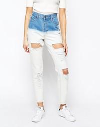 Рваные джинсы бойфренда с эффектом деграде Good Vibes Bad Daze