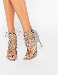 Серые сандалии на каблуке с завязкой Public Desire - Серая замша