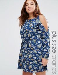 Платье с цветочным принтом и вырезами на плечах Yumi Plus