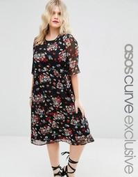 Чайное платье миди с цветочным принтом и рукавами-бабочка ASOS CURVE