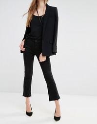 Расклешенные джинсы с классической талией и необработанной кромкой J B