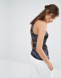 Майка-борцовка с камуфляжной сетчатой вставкой Reebok - Черный