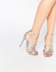 Босоножки на каблуке с тремя серебристыми ремешками Paper Dolls Holly
