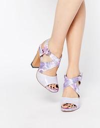 Сандалии на каблуке с перекрестными ремешками Miista Sarah - Опал