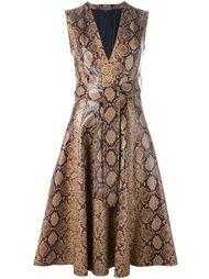 платье с эффектом змеиной кожи Alexander McQueen