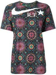 футболка NikeLab x RT с орнаментом Nike