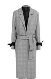 Пальто в клетку с поясом и контрастными бантами на рукавах Mother Of Pearl