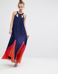 Платье макси с вырезами у горловины и вставками Adelyn Rae