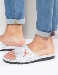 Серые шлепанцы Nike Air Jordan Superfly 842400-007 - Серый