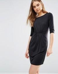 Черное цельнокройное платье со сборкой Lavand - Черный