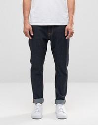 Темно-синие джинсы с заниженным шаговым швом Nudie Brute Knut