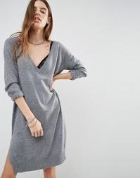 Трикотажное платье с глубоким V-образным вырезом Noisy May