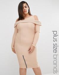 Платье в рубчик с открытыми плечами Boohoo Plus - Мокка