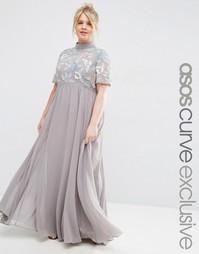 Платье макси с высоким воротом и вышивкой ASOS CURVE - Серый
