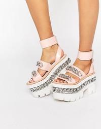 Кожаные сандалии на массивной платформе с цепочками Jeffrey Campbell