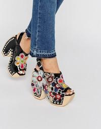 Туфли на каблуке и платформе с открытой пяткой и цветочной отделкой Je Jeffrey Campbell