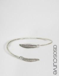 Браслет-манжета с перышками ASOS CURVE - Античный серебряный