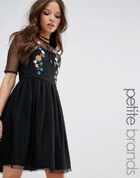 Короткое приталенное платье с вышивкой Glamorous Petite - Черный
