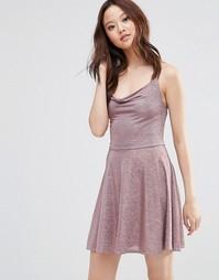 Блестящее платье на бретельках Wal G - Розовый