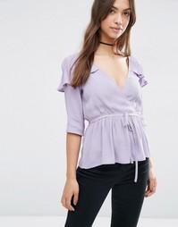 Блузка с запахом и оборкой ASOS - Сиреневый