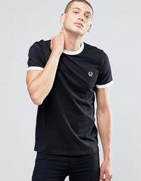 Черная футболка с белыми горловиной и манжетами Fred Perry