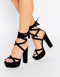 Сандалии на блочном каблуке и шнуровке Truffle - Черный