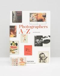 Книга Photographers A to Z - Мульти Books