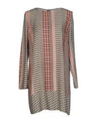 Короткое платье Purotatto