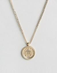 Золотистое ожерелье с медальоном Chained & Able Old English - Золотой