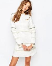 Белое платье мини с высоким воротом и длинными рукавами Stevie May - Белый