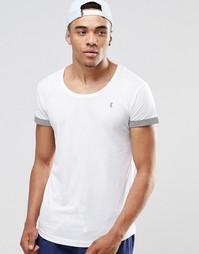 Пляжная футболка с глубоким вырезом и отворотами на рукавах Ringspun - Белый