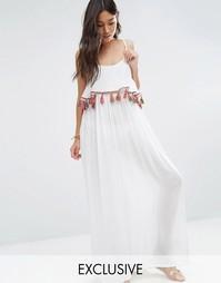 Пляжное платье макси с кисточками и помпонами Akasa - Белый