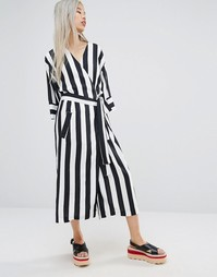 STYLENANDA Wrap Front Kimono Dress In Stripe - Черный