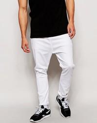 Белые джинсы с заниженным шаговым швом ASOS - Белый