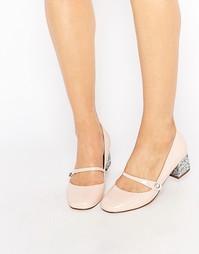 Телесные лакированные туфли на блестящем каблуке Miss KG Nylah - Бежевый