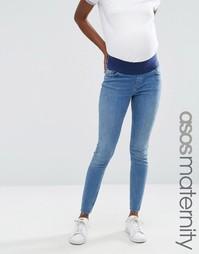 Зауженные джинсы из стираного денима для беременных ASOS Maternity Lisbon - Синий