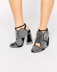Черные кожаные туфли на каблуке со спиралевидным дизайном Kat Maconie Frida - Черный