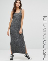 Платье макси в рубчик и черно-белую крапинку Glamorous Tall - Серый
