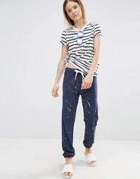 Спортивные штаны с брызгами краски Sundry - Темно-синий