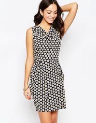 Платье с цветочным принтом и свободной горловиной Closet Blu - Черный