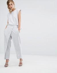 Приталенные брюки с запахом спереди Parallel Lines - Серый