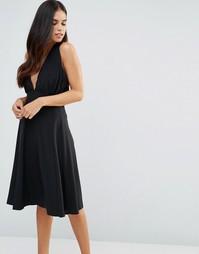 Приталенное платье миди с халтером Hedonia - Черный