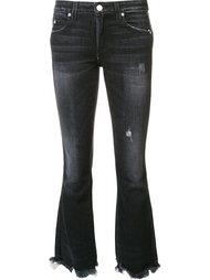 слегка расклешенные джинсы  Amo