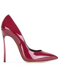Красные туфли на шпильке  Casadei