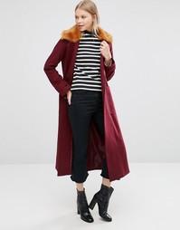 Пальто-трапеция из смешанной шерсти с меховым воротником ASOS - Красный
