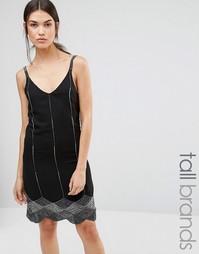 Платье на бретельках с фигурной кромкой и бисером Maya Tall - Черный